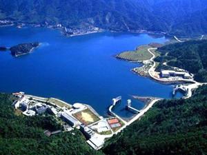 三峡电站34台机组今年首次全开并网发电